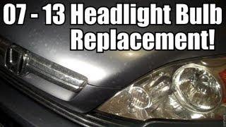 видео Замена лампы ближнего света Хонда СРВ 3