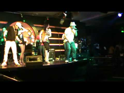 Price tag by jessie j  performed by H2O band at Ratsky 3 dubai