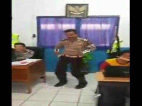 Heboh Video Polisi Joged Sambalado
