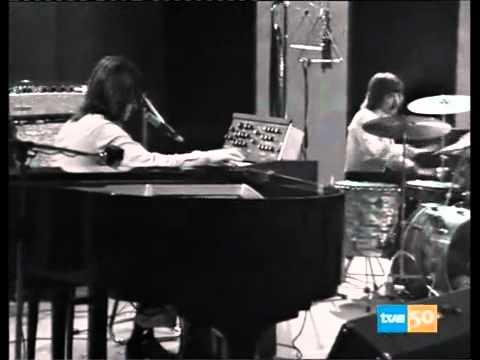 Download Triana - Abre la Puerta - TVE Ahora (1975).avi