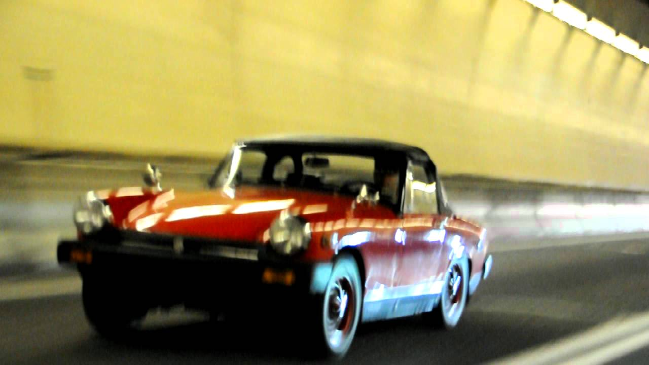 Tunnel Flyby with MG Midget Supercharged S2000 and NA S2000 CR