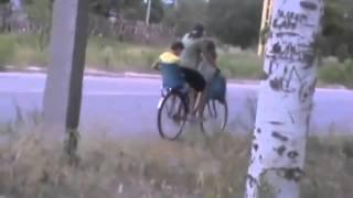 Видео с велосипедами . Рубежное Опасность на велосипеде(Пишут