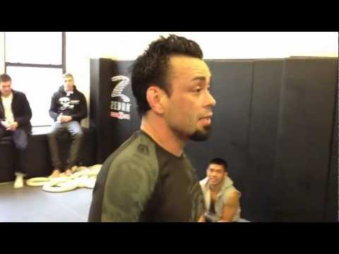 Eddie Bravo vs Marcelo Garcia - Rolling - YouTube