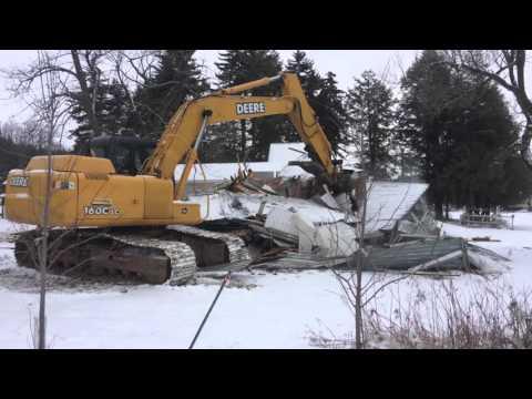 Summit house demolition