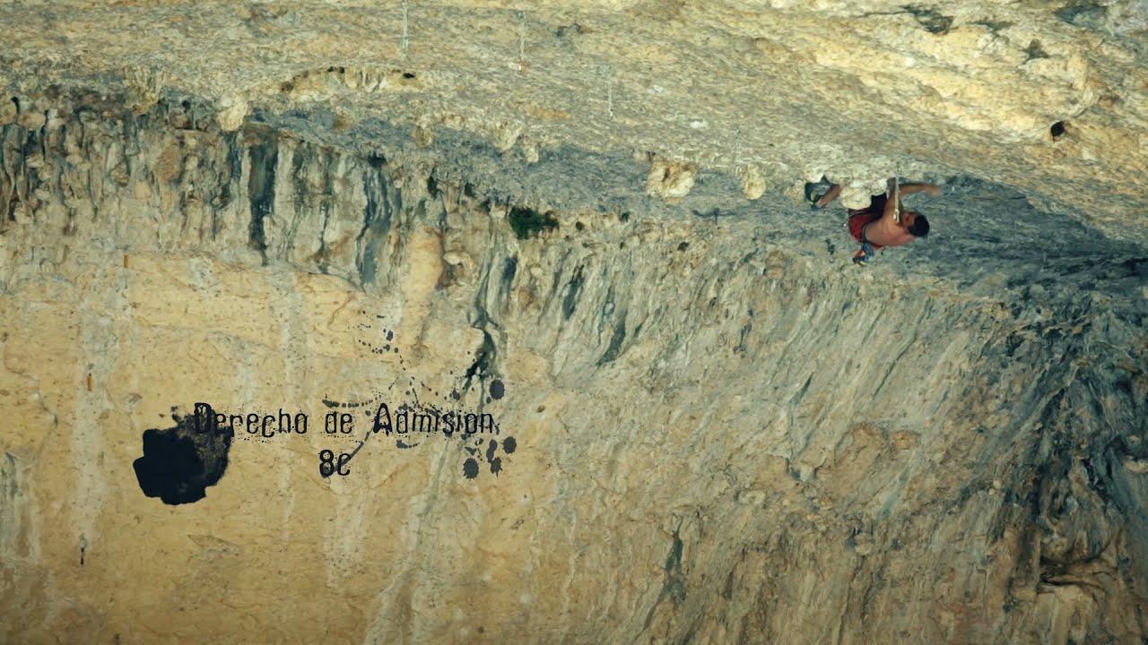 Lucas de Jesús en Derecho de Admisión 8C en la cueva del agua
