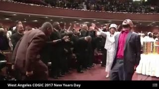 Lady Tramaine Hawkins Holy Ghost Took Over Praise Break West Angeles COGIC 2017!