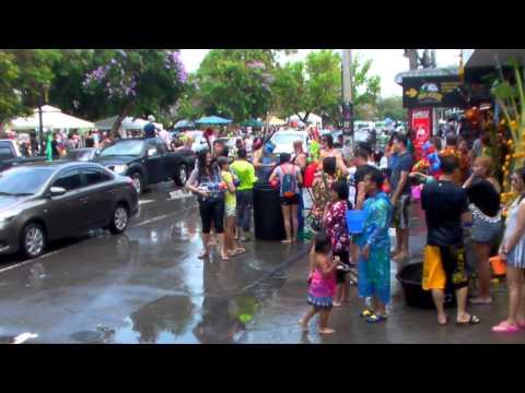 สงกรานต์เชียงใหม่2558 บรรยากาศเล่นน้ำ สนุกฝุดๆ ประตูท่าแพ : Songkran Chiangmai 2015