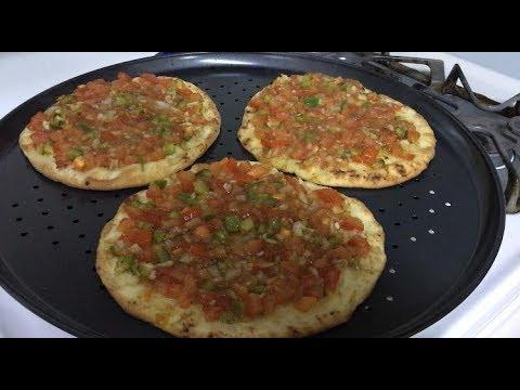 Original Breakfast Recipe: Lebanese Veggie Tomato/Onion Manakeesh (Manoushe, Manakish, Manaqeesh)