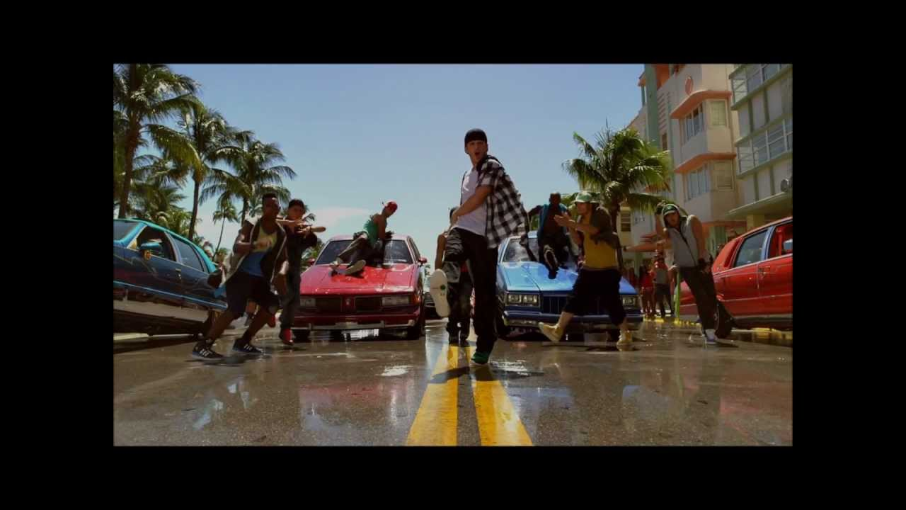 Download One Direction- Up All Night Music Video