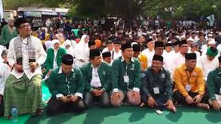 Ratusan Simpatisan Ridwan Kamil-UU Ruzhanul Padati Stadion Sidolig fddd4af77c