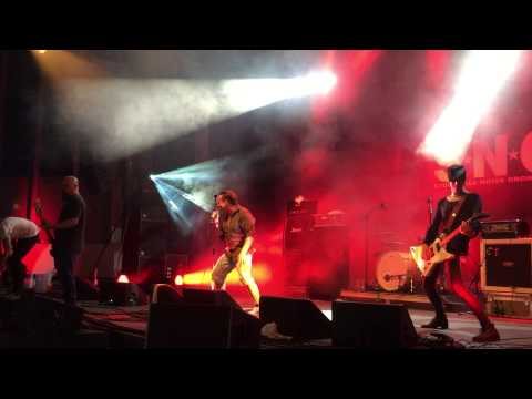 S.N.O - Stonewall Noise Orchestra - Dead Eden - Peace and Love Festival 2015