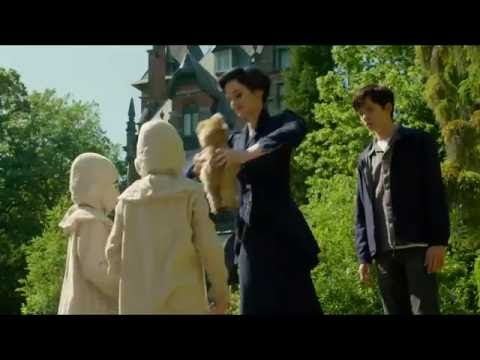 "Miss Peregrine's Home for Peculiar Children Behind The Scenes Featurette ""Set Tour"""