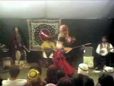 Pennsic Bellydance Performance with Narah dancing to Turku