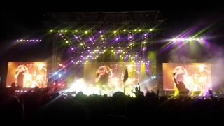 ACDC - You Shook Me All Night Long (Coachella)