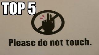 TOP 5 - Muzejních předmětů zničených návštěvníky