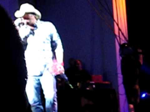 Toby Keith Holmdel 6 18 09 Lost You Anyway
