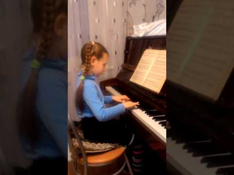 Юный пианист