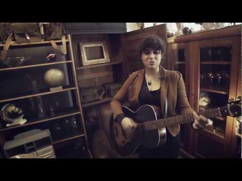 Laura Cahen - Mon Loup - Session BIM BAM BOUM thumbnail