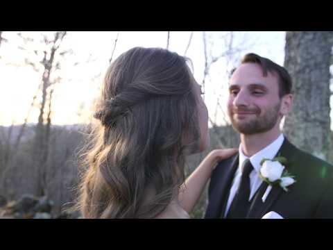 destination-wedding-at-the-magnolia-venue---gatlinburg,-tn---jenny-+-carl