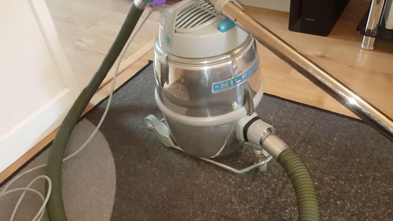 nilfisk gm80 vintage vacuum cleaner youtube. Black Bedroom Furniture Sets. Home Design Ideas