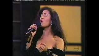SELENA, COMO LA FLOR,1993.