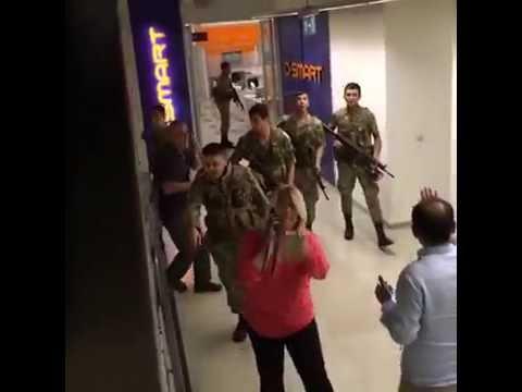 15 Temmuz 2016 Askerler Cnn Türk Binasını Basıyor