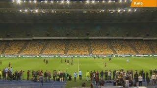 Матч Украина-Англия. Возле НСК Олимпийский образовались огромные очереди