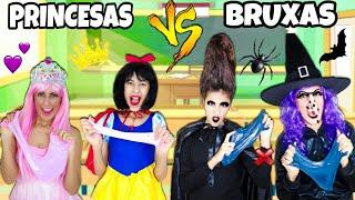 PRINCESAS VS BRUXAS FAZENDO SLIME na ESCOLA !