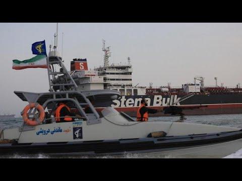 بومبيو: بريطانيا تتحمل مسؤولية الحفاظ على سفنها ولا نريد حربا مع إيران …  - نشر قبل 31 دقيقة