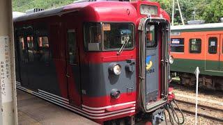 【しなの鉄道115系】戸倉駅発車&留置中のスカ色と湘南色