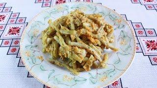Стручковая фасоль в сметане Спаржевая фасоль рецепт с сухарями Спаржева квасоля в сметані Шпарагівка