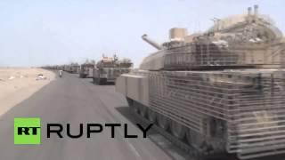 """مئات الدبابات من طراز """" إم1 أبرامز"""" تخرج من عدن لدعم الموالين لهادي"""