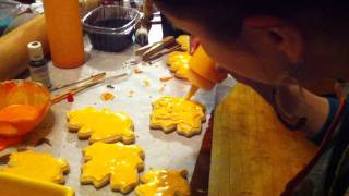 Decorating Sugar Cookies With Icing