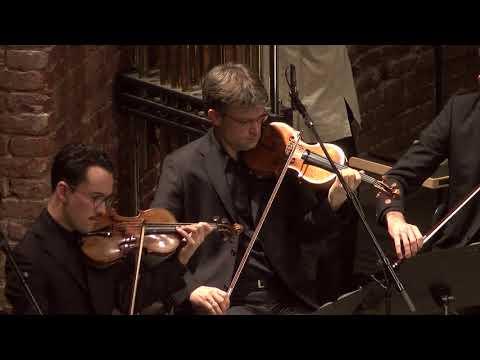 Konstantia Gourzi - Wunde I Wunder - Soloist: Claudio Estay