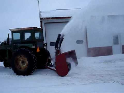 HOMEMADE SNOWBLOWER ON TRACTOR - YouTube