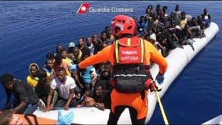 İtalya açıklarında kaçak göçmen operasyonu