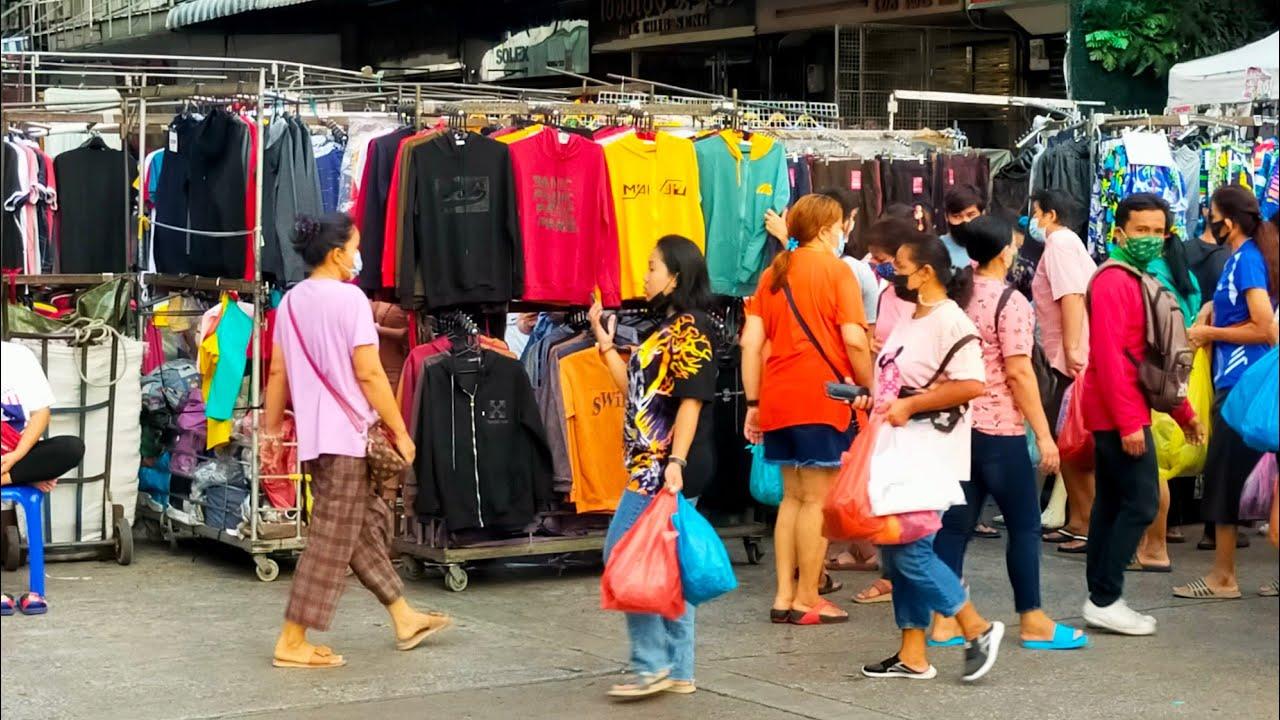 โบ๊เบ๊ทาวเวอร์ ร้านขายเสื้อผ้าข้างตึกขาย6โมงเช้าถึง10โมงเช้าทุกวัน เสื้อผ้าราคาส่ง