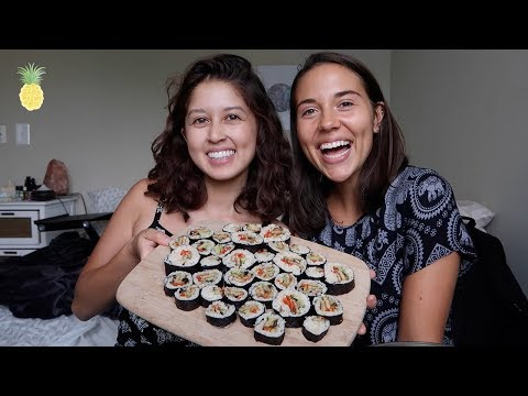 Sushi Mukbang + Q&A with Caitlin 🍙🍱