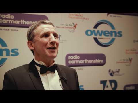 Gwobrau Personoliaeth Chwaraeon Sir Gaerfyrddin 2016/Carmarthenshire Sports Personality Awards 2016