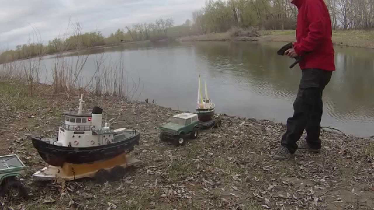 Rc athletes may 16th rc fishing doovi for Fish catching rc boat