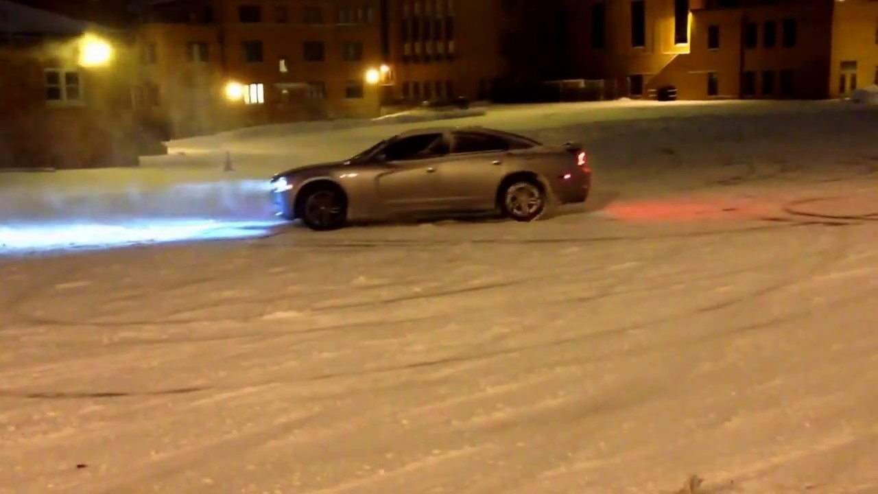 Fun in the snow! 2014 Dodge Charger RT AWD - YouTube