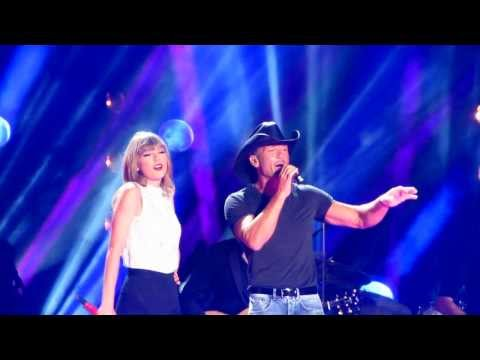 Taylor Swift, Tim McGraw and Keith Urban sing