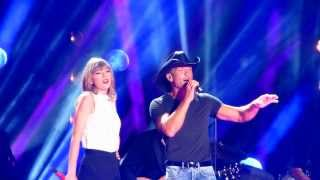 """Video Taylor Swift, Tim McGraw and Keith Urban sing """"Highway Don't Care"""" download MP3, 3GP, MP4, WEBM, AVI, FLV Agustus 2018"""