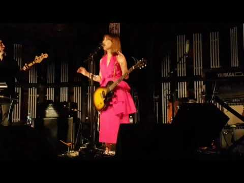 Feist - My Moon My Man (Live Toronto 2017)