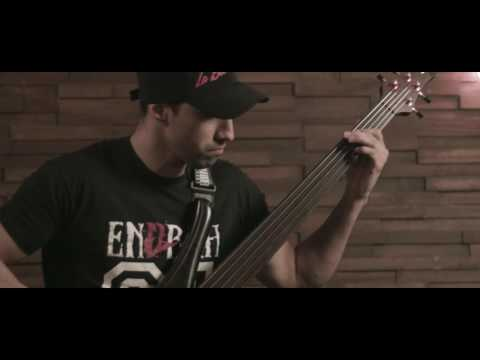 "ENDRAH - ""Shame"" Fretless Bass Playthrough by Adriano Vilela 