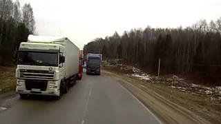 Дальнобойщики. очередь на белорусско-литовской границе.