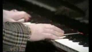 Elton John - Sorry Seems To Be The Hardest Word - 1976(Elton John In BBC 1976., 2007-03-22T23:13:16.000Z)