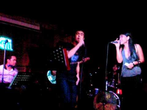 Filipino Band singing Secret Lovers by Atlantic Star