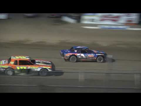 IMCA Stock Car feature Independence Motor Speedway 8/12/17