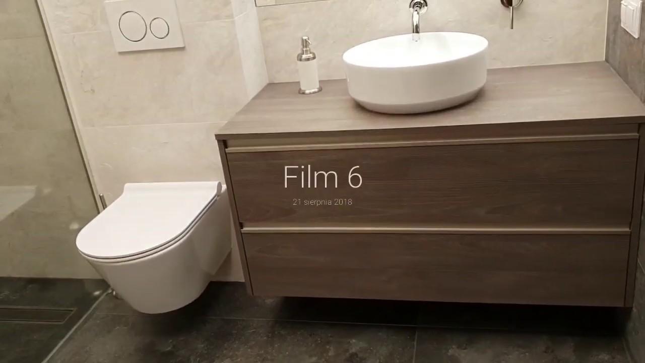 Dwie łazienki Jasna łazienka Prysznic Z Odpływem Liniowym Wanna W Zabudowie
